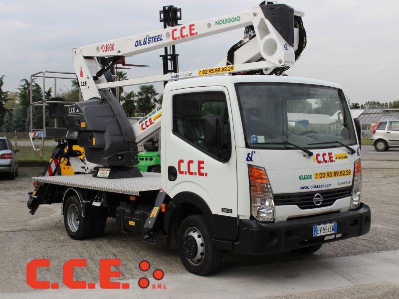 C.C.E. s.r.l. offerta servizio noleggio piattaforme aeree -  affitto piattaforme verticali